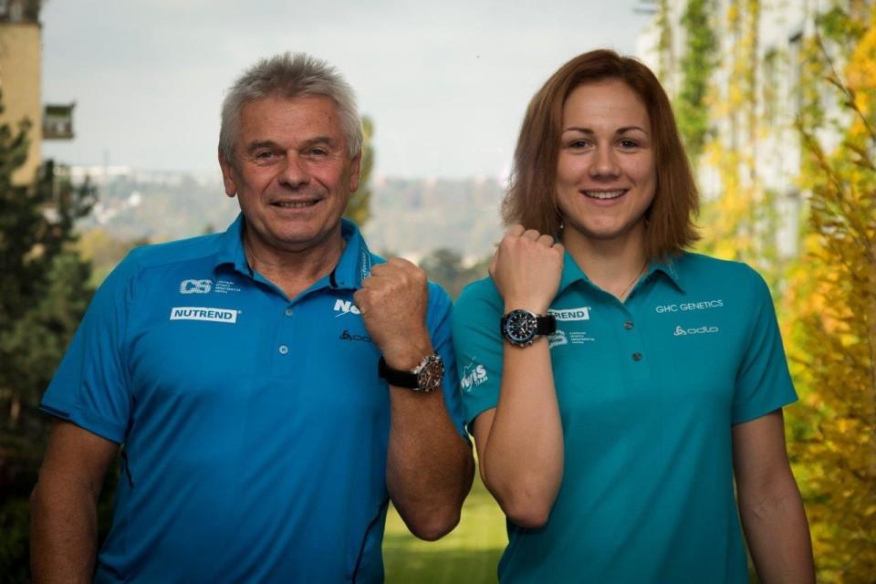 erbanova-trener-wenger-hodinky