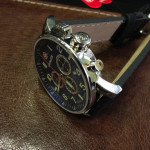 wenger-commando-chrono-01-1243-101-3